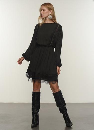 People By Fabrika People By Fabrika Dantel Detaylı Uzun Kollu Mini Kadın Elbise Siyah